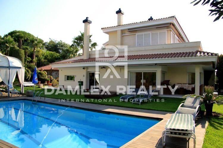 Luxury villa in Costa Maresme