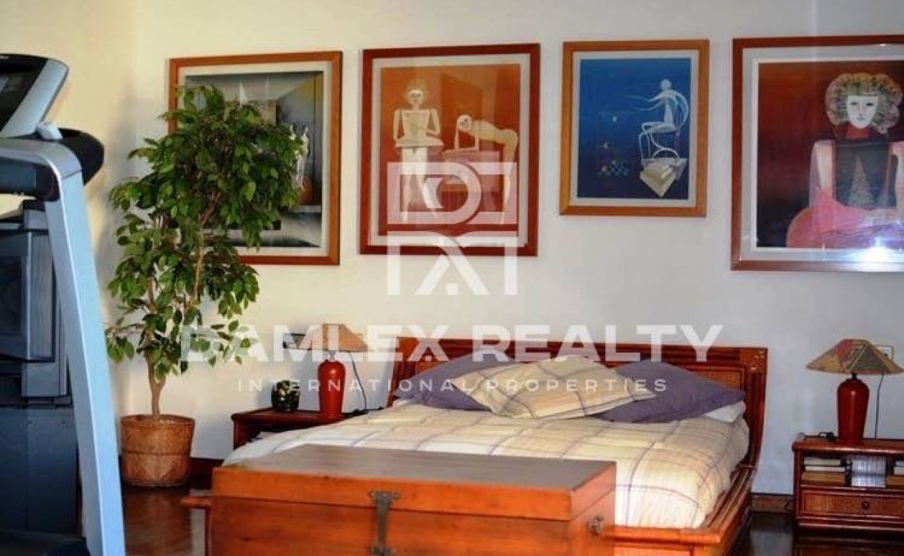 Villa with panoramic views in the town of Cabrils. Costa Maresme