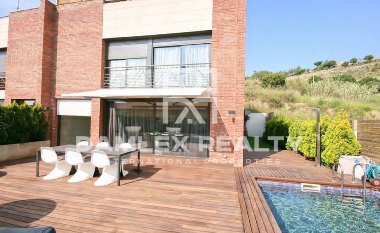 Modern house for sale in Tiana. Costa Maresme