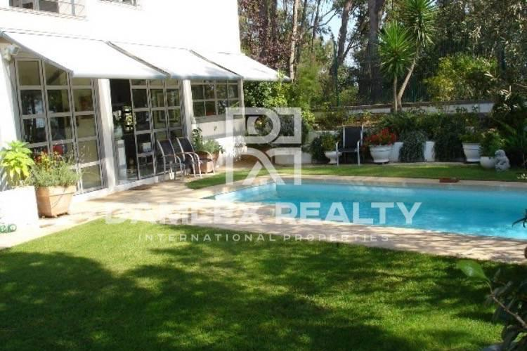 Villa with guest apartment on the Costa Brava