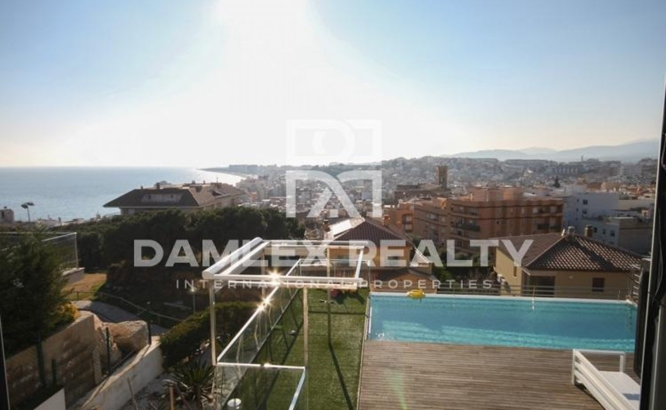 Villa 7 minutes from the beach. Costa Brava