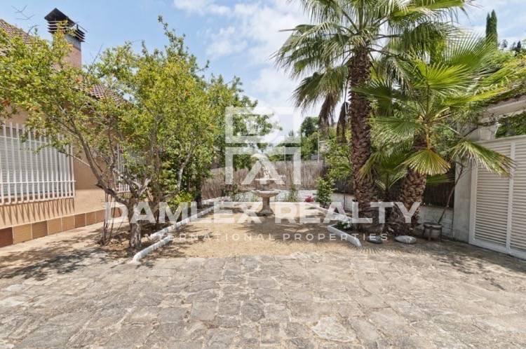 Villa near the beach, in a quiet area of Lloret
