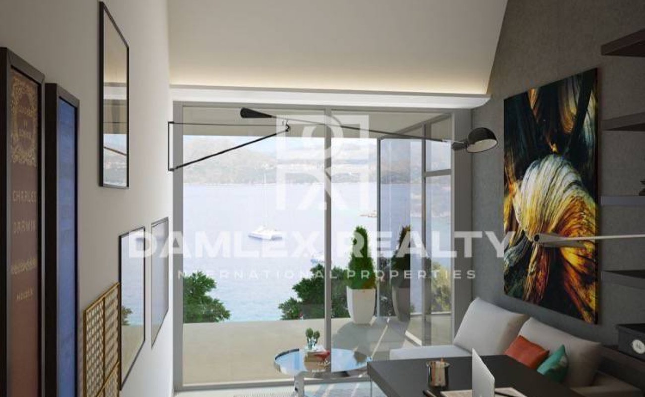 Luxury modern villa on the sea front in Cala Canyelles