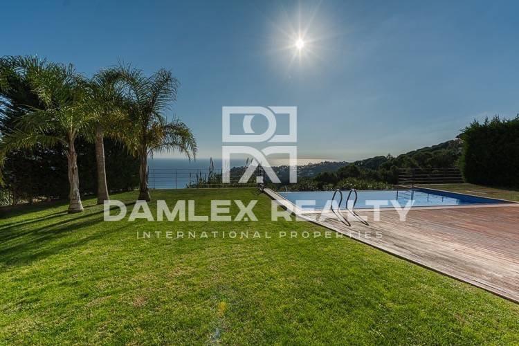 Costa Brava. Villa with panoramic sea views