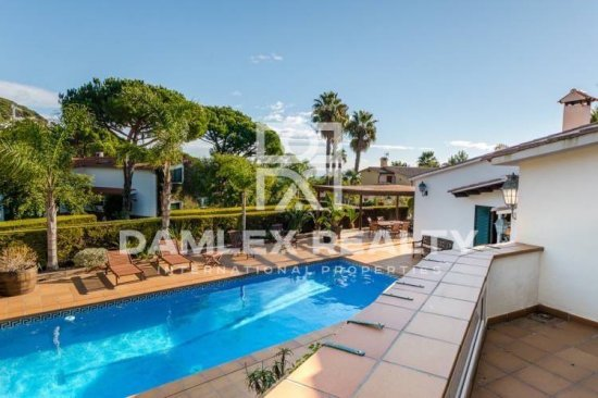 Mediterranean villa near Cala Sant Francesc