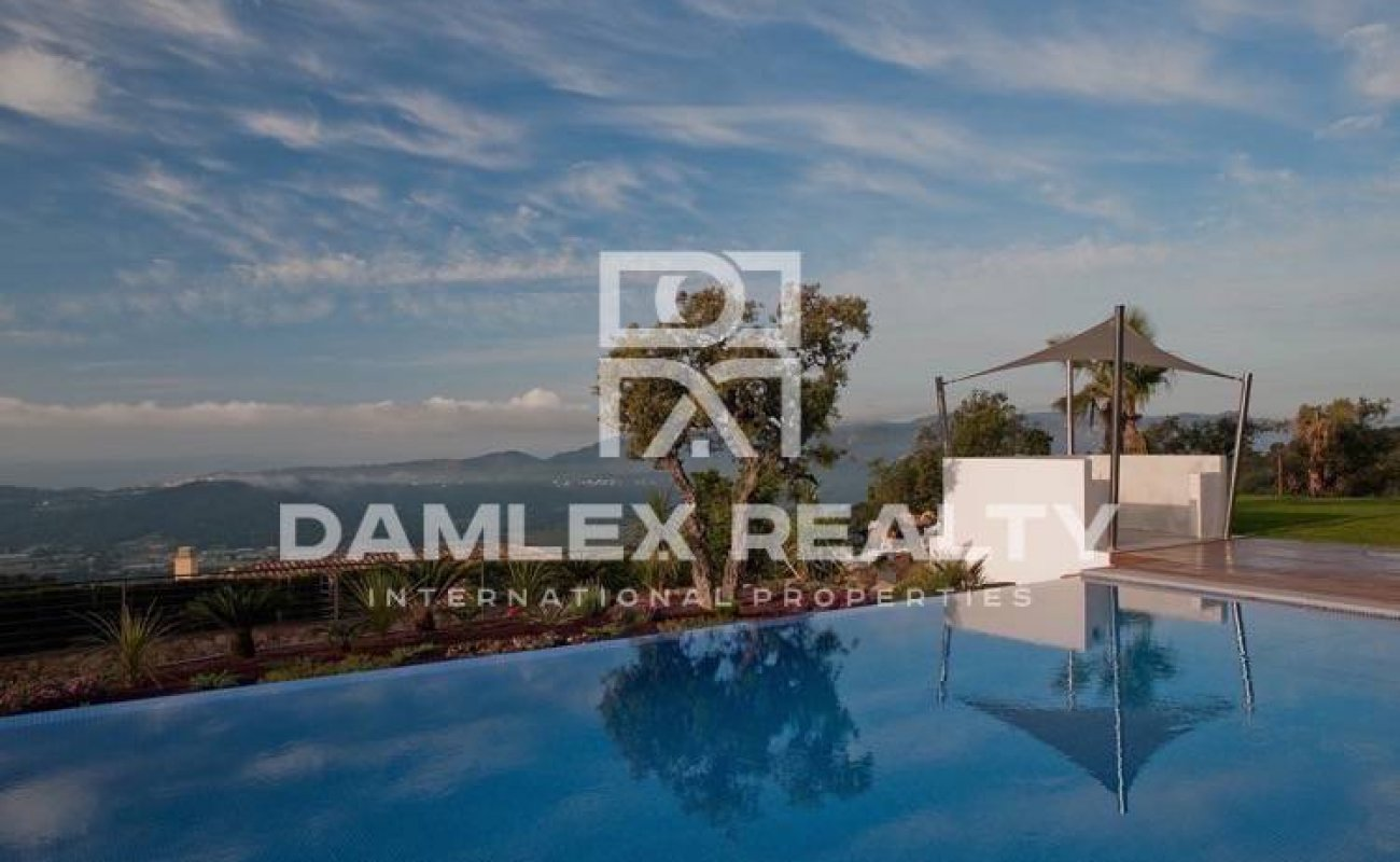 Exclusive villa in one of the most exclusive residential areas of the Costa Brava