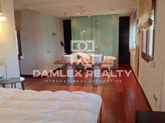 Villa with stunning interior design in near Barcelona.