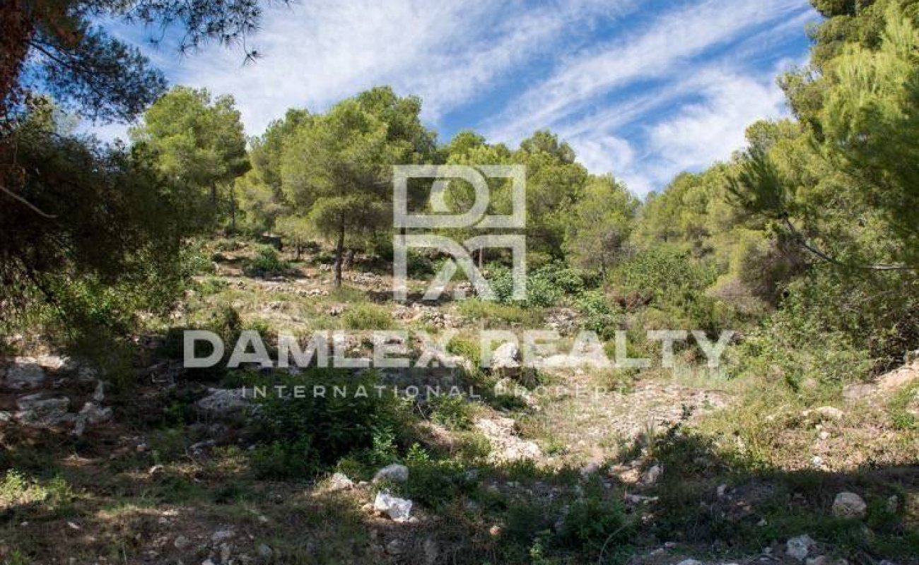 Plot with sea views in Sitges