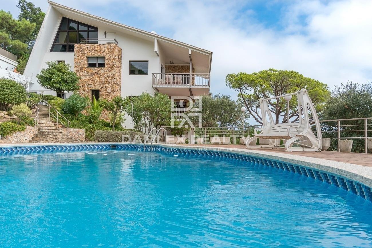 House with pool in the urbanization Serra Brava, Lloret de Mar