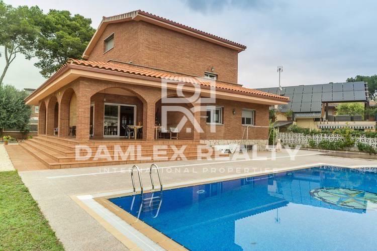Villa in Castelldefels. Costa de Barcelona