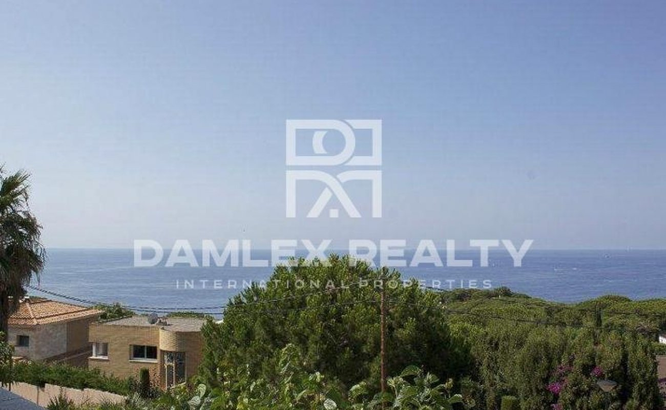 Villa with stunning sea views in one of the best urbanizations in Costa Brava