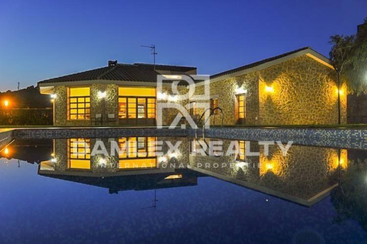 Luxury villa in the town of Sant Andreu de Llavaneres