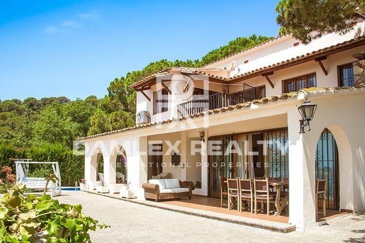 Villa in guarded urbanization of Tossa de Mar