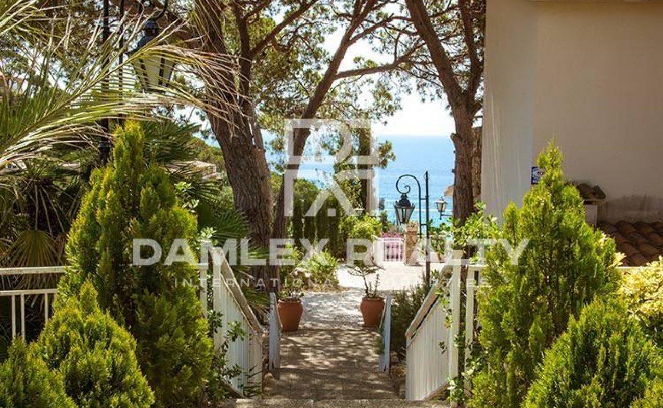Villa in guarded urbanization of Tossa de Mar