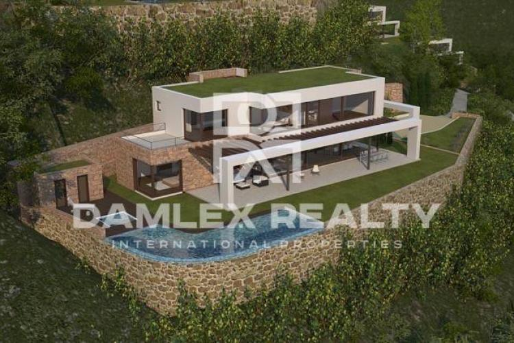 Complex of luxury villas with sea views in Begur