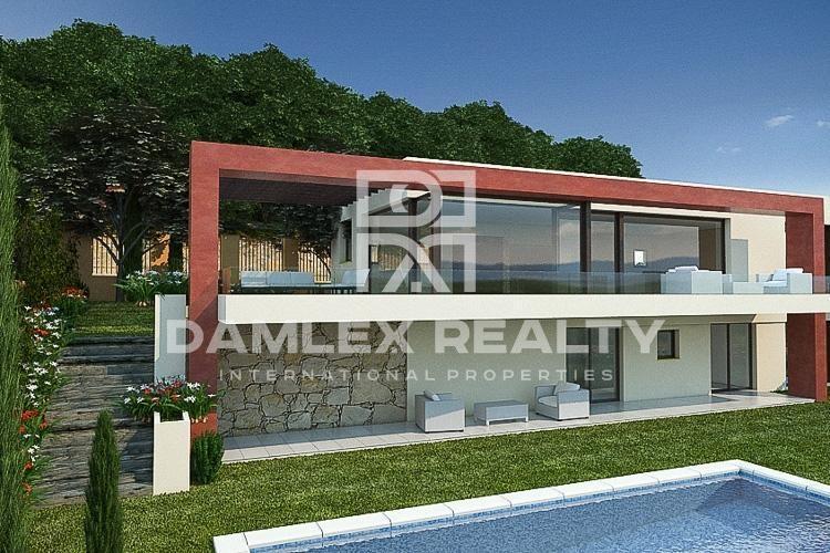 Modern villa with panoramic sea views on the Costa Brava