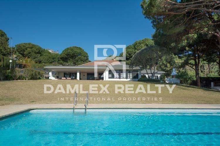 Villa with pool in Sant Andreu de Llavaneres. Coast of barcelona