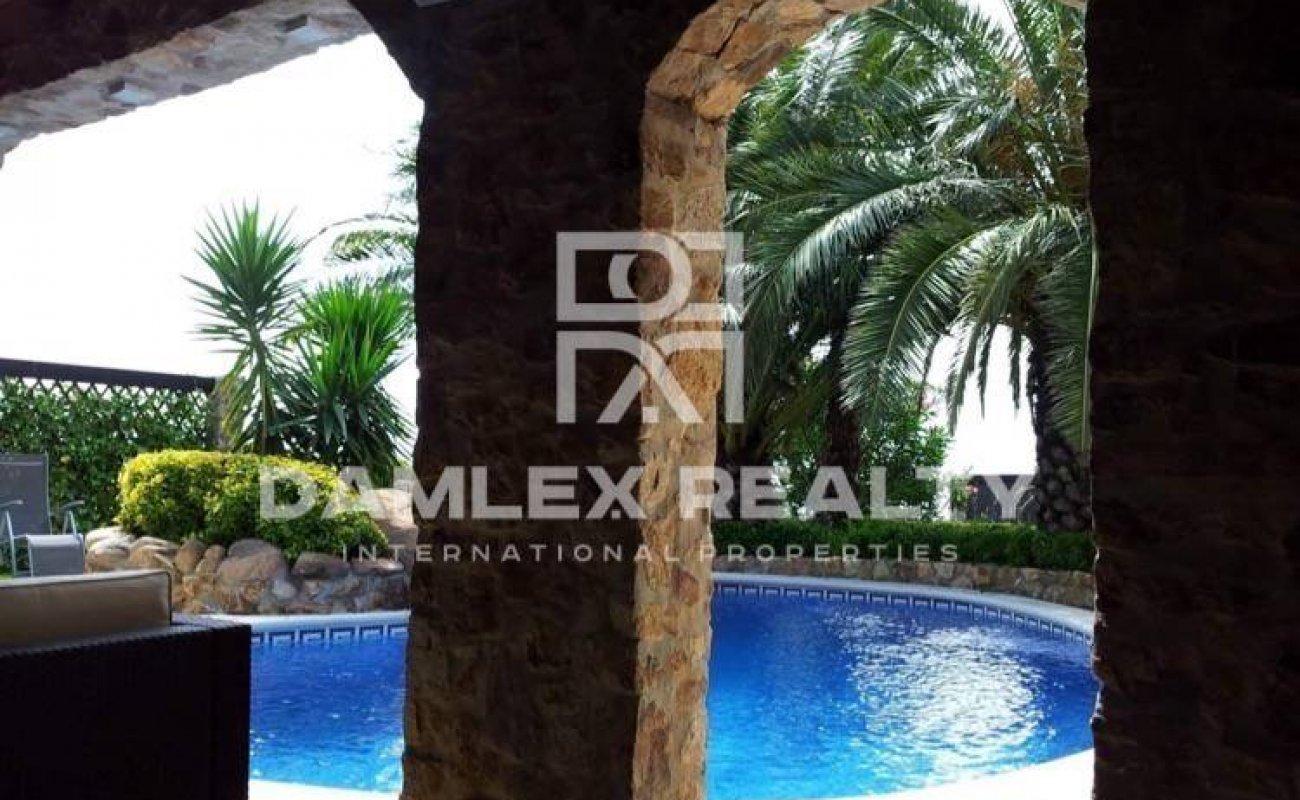 Villa in Lloret de Mar with a large plot