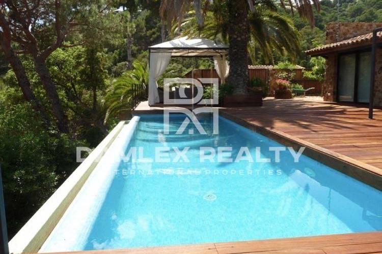 Villa with sea views in Tossa de Mar.