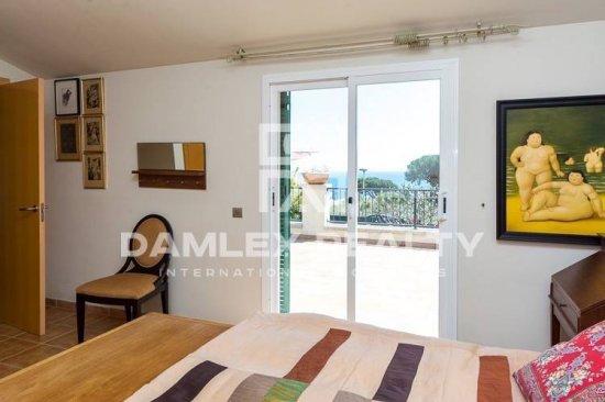 Villa with two floors in the town of Sant Feliu de Guixols. Costa Brava