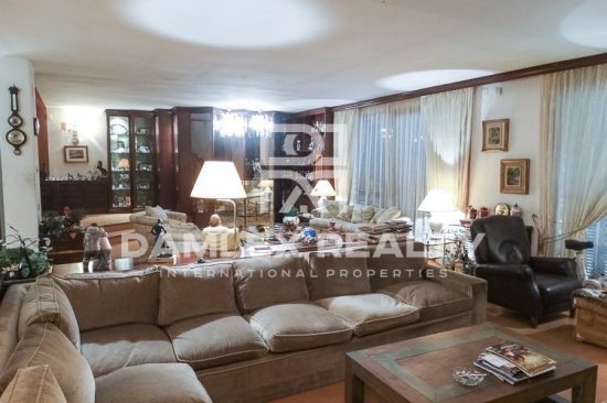 Large house in the town of Sitges, just 550 meters from the beach