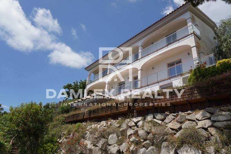 Villa in Premium de Dalt with panoramic sea views