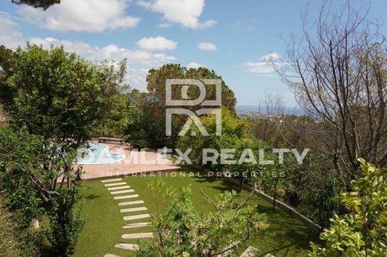 Villa in Premium de Dalt with panoramic sea views