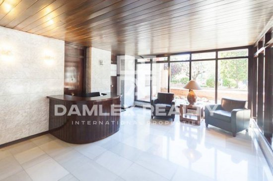 Apartment 180 m2 in Barcelona