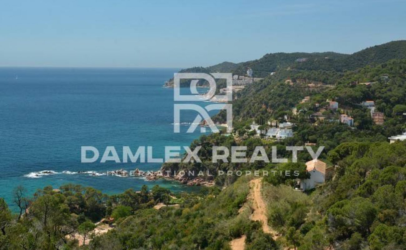 New villa under construction with sea views. Tossa de Mar