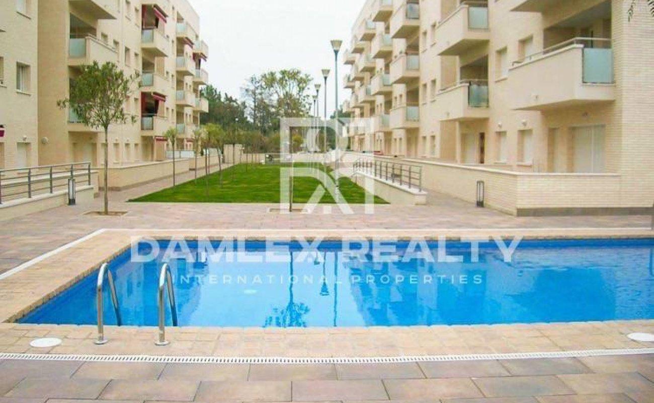 Apartments in Lloret de Mar with pool. Costa Brava