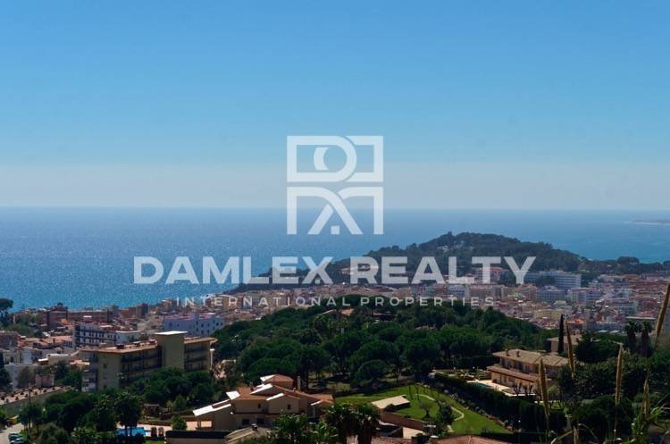 A plot with sea views. Costa Brava
