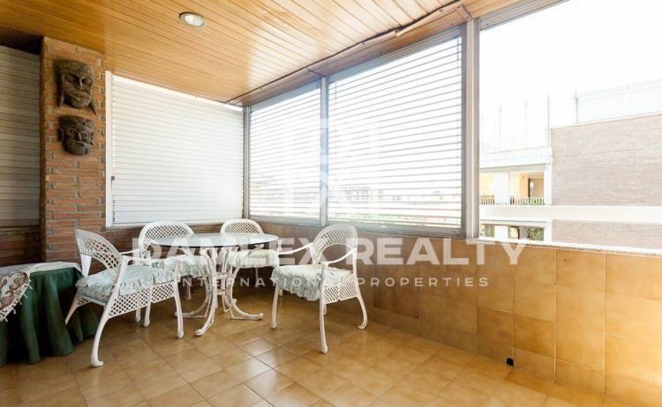Apartment with two floors of 255 m2 in Pedralbes neighborhood. Barcelona