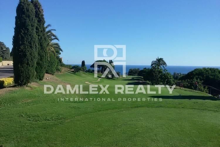 Plot with sea views in Costa Maresme
