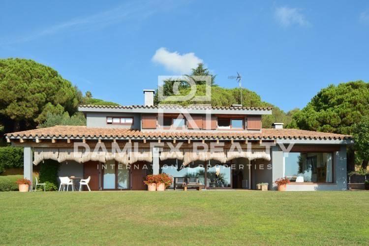 Villa in Cabrera de Mar. Costa Maresme