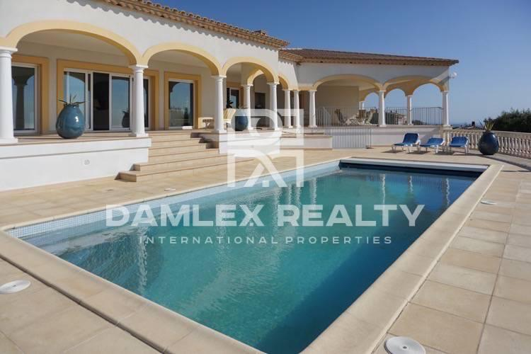 Villa with fantastic sea views. Costa Brava