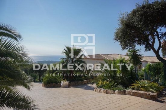 Villa with fantastic sea views. Costa Brava