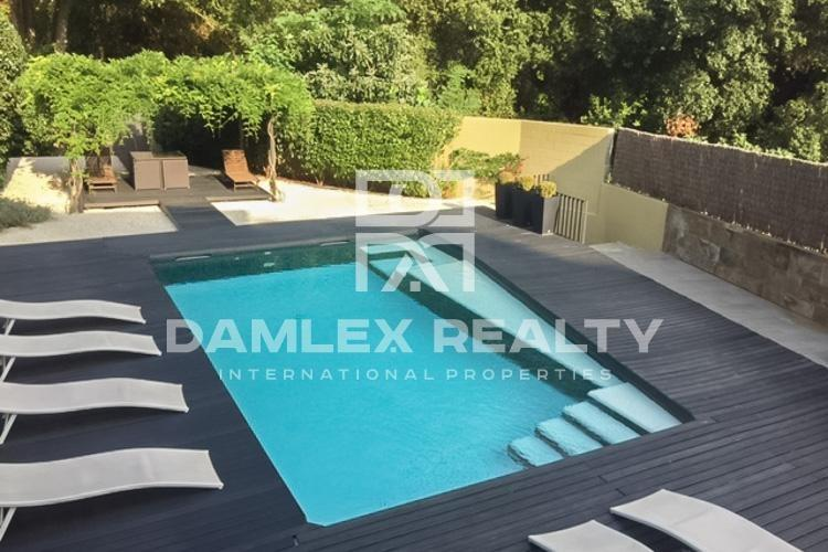 House / Villa with 5 rooms, plot 588m2, for sale in Arenys de Munt, Barcelona North Coast