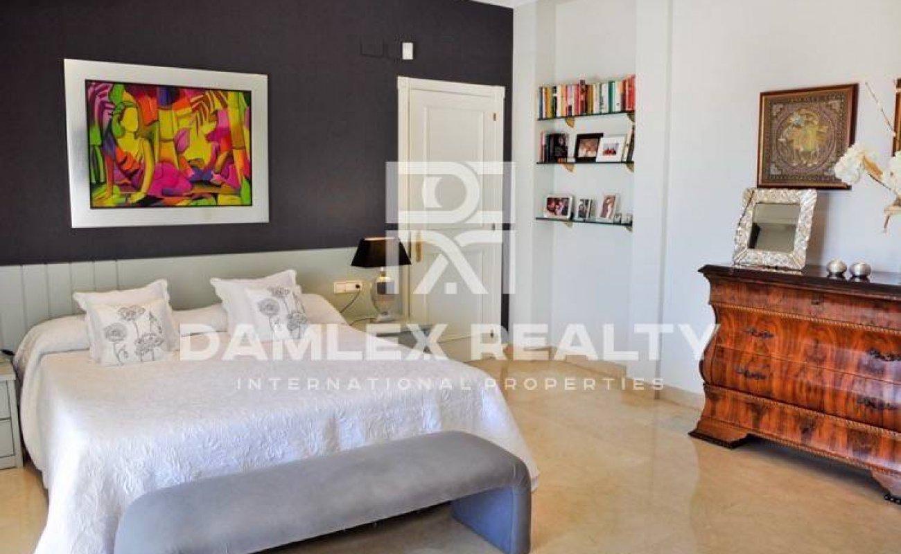 Magnificent villa in Alella