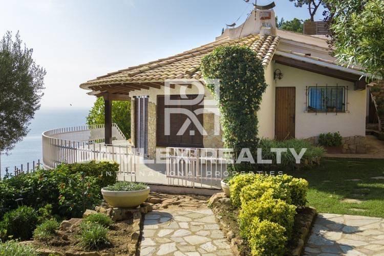 Villa with stunning sea views in Lloret de Mar