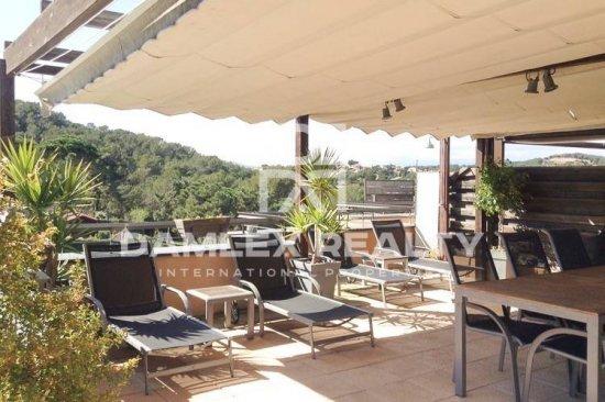 Apartments in Lloret de Mar, just a few minutes walk from the bay.