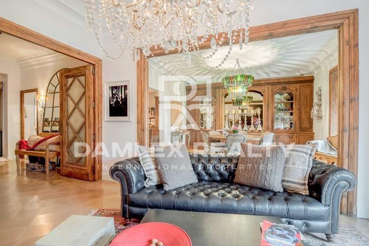 Apartment in a prestigious area of Barcelona.