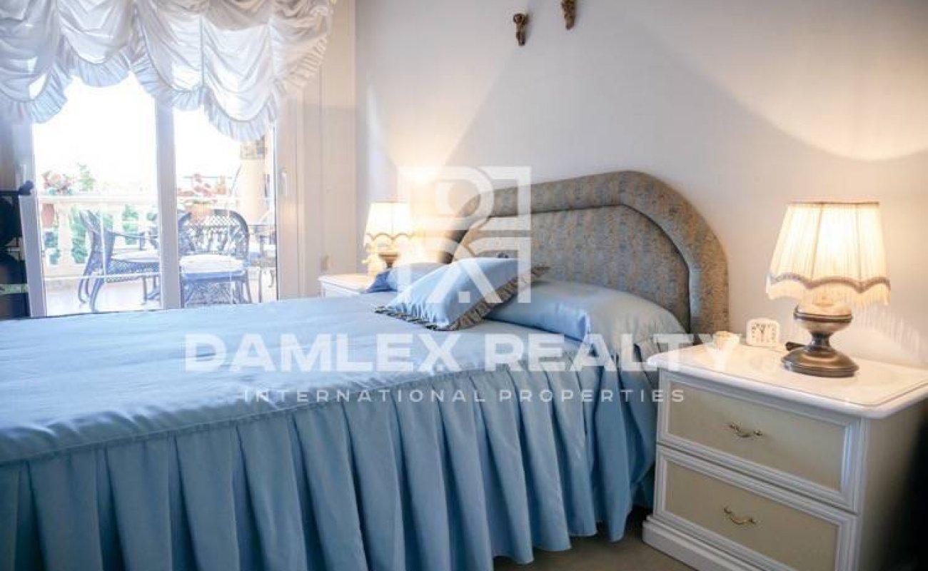 Beautiful villa with sea views in the town of Vilassar de Dalt