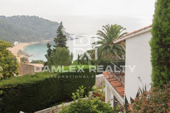 Cozy house within walking distance to the beach in Costa Brava