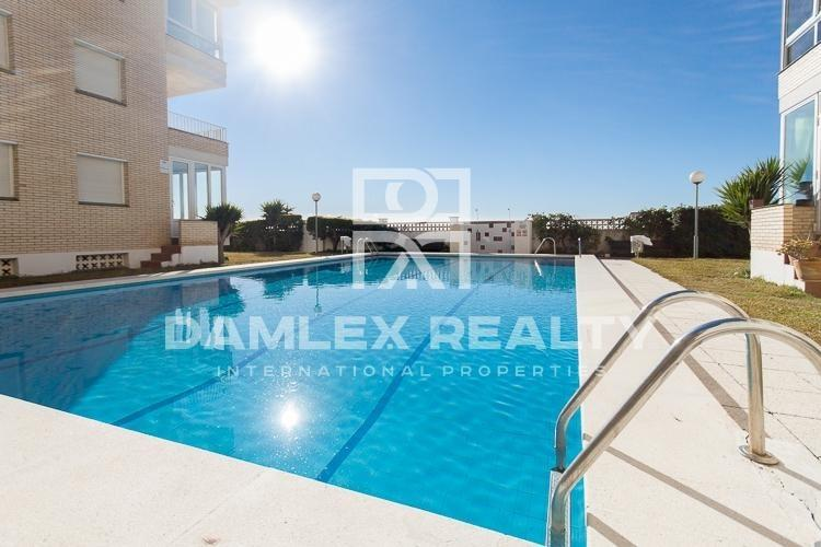 Apartments with sea view in Castelldefels