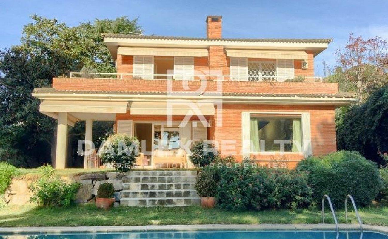 Villa with sea views. Costa de Barcelona