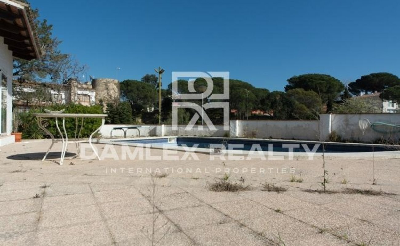 House with swimming pool in Lloret de Mar