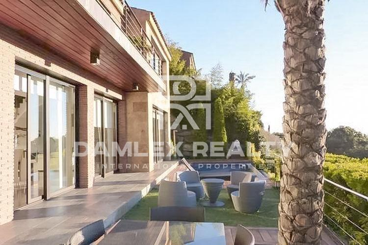Villa with sea views in Cabrils. Coast of barcelona