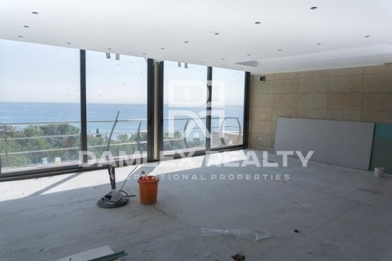 Villa with sea views under construction in the city of Sitges