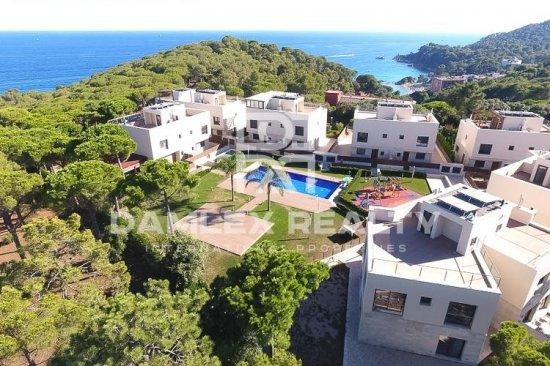 New houses near the sea. Costa Brava