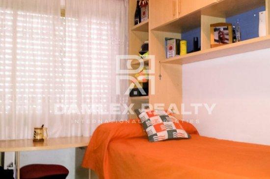 4 bedroom apartment 5 minutes walk from the beach. Costa Brava